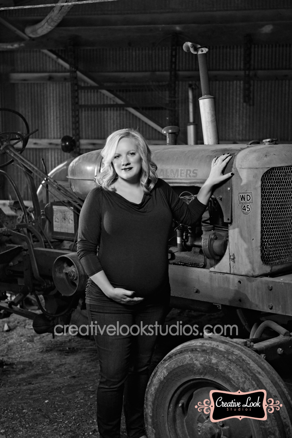 tractor_maternity_session